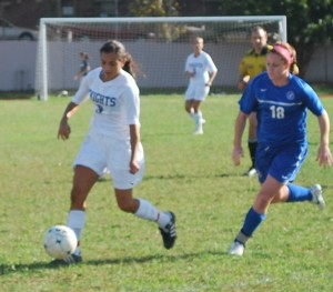 Photo by Carla Pennolino Freshman forward Nicolette Scrozzo